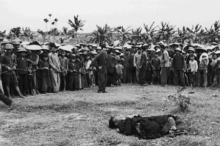 Xử bắn tại chỗ địa chủ trong cải cách ruộng đất lịch năm 1956